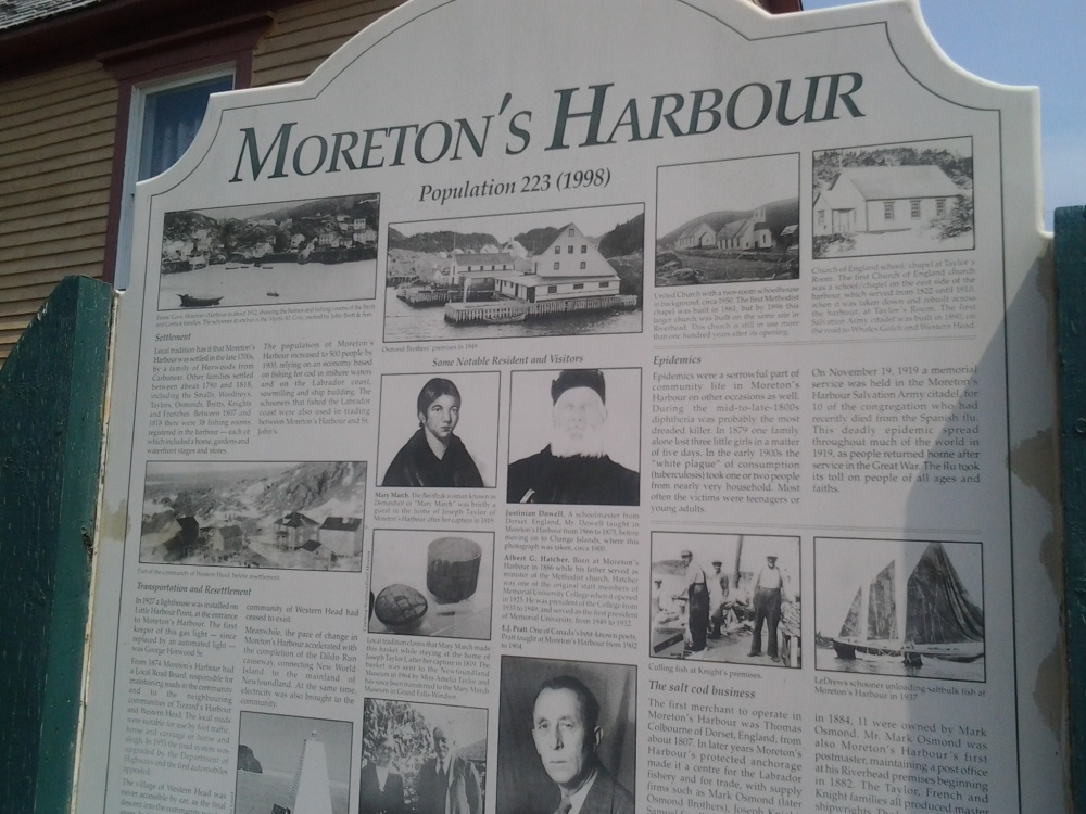 Fogo, Twillingate, Moreton's Harbour, All around the Circle (1/6)